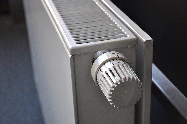 pintar detras de un radiador